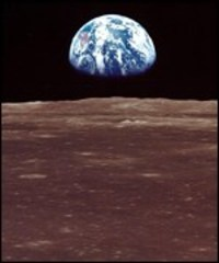 _395601_earthfrommoon150